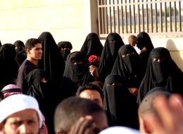تعرَّف على الخدمات التي شملها الأمر الملكي بتمكين المرأة السعودية دون الحاجة لموافقة ولي الأمر