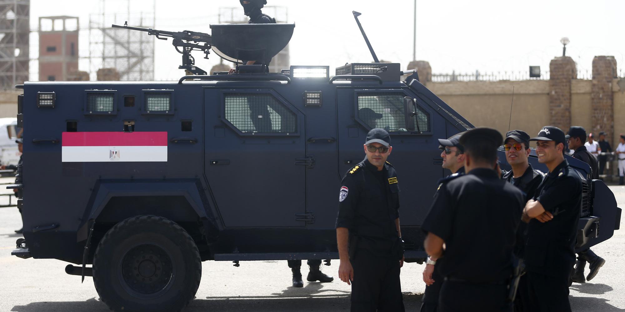 الشرطة المصرية تقتل 8 من الإخوان المسلمين في صحراء الصعيد.. قالت إنهم سعوا لتنفيذ هذا المخطط