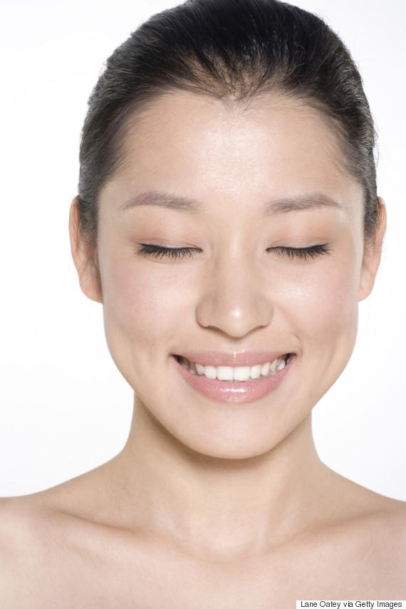 神社本庁、「私 日本人でよかった」のキャッチコピーと女性の顔写真が掲載されたポスターを制作するも「モデルは中国人?」の声も★2 [無断転載禁止]©2ch.netYouTube動画>4本 ->画像>217枚