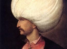 7 قطع أثرية تبحث عنها السلطات السعودية.. أحدها لقلعة شيّدها السلطان سليمان القانوني