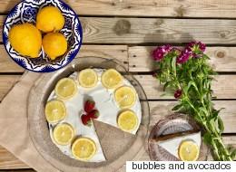 Συνταγή για κέικ λεμόνι χωρίς ζάχαρη με μυρωδάτη κρέμα