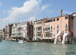 Neue Skulptur in Venedig: Wenn Touristen verstehen, was dahintersteckt, vergeht ihnen die Urlaubsstimmung