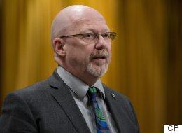 NDP, Transgender Community Urge Feds To Change Travel Regulations