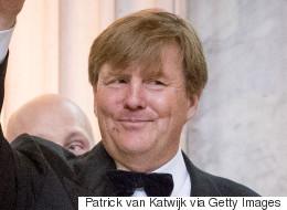 네덜란드 국왕이 21년간 해온 비밀 부업이 밝혀졌다