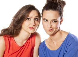 إن كانت صديقتك تحب لفت الانتباه فاحذري.. 5 علامات تقول أن رفيقتك تدمر حياتك
