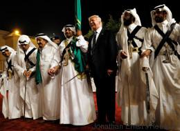 Trump versucht in Saudi-Arabien, seinen Skandalen zu entfliehen - und schafft neue Probleme