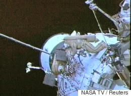 Δύο αστροναύτες βγαίνουν από τον Διεθνή Διαστημικό Σταθμό για επείγουσα επισκευή