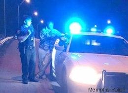 Ein Ehepaar wird von der Polizei angehalten - erst dann sehen die beiden, wer mitgefahren ist