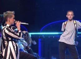 Voyez Katy Perry se faire voler la vedette par ce petit danseur fascinant
