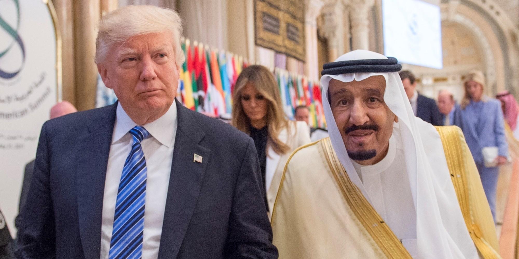 الملك سلمان يعتبر زيارة ترامب  نقطة تحول  في العلاقات.. وهذا ما قاله عن القادم بين البلدين