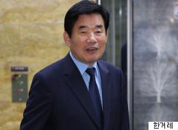 김진표가 '종교인 과세'를 2년 더 미루겠다고 한다