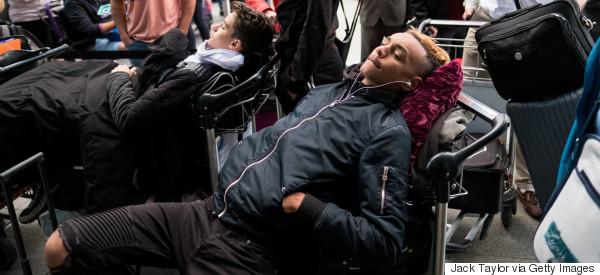 Δεν έχουν αποκατασταθεί πλήρως οι πτήσεις της British Airways, ανακοίνωσε το αεροδρόμιο Χίθροου