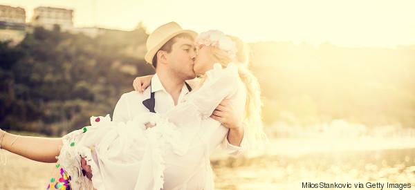 Hochzeitsquiz: Was ihr bei Fragen an Brautpaar und Gäste beachten solltet