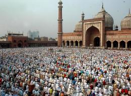 ليس ضمنها المسجد الحرام ولا النبوي.. ما هي أكبر الجوامع في العالم من حيث المساحة؟