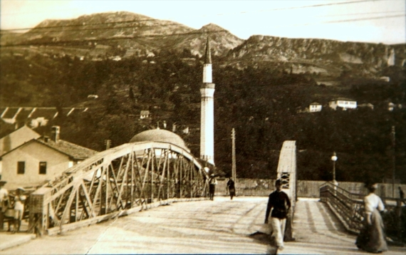 old mosques of bosnia and herzegovina