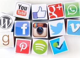 Social Media: The Dark, Bright And Light Side