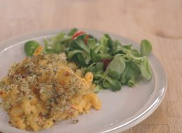 وجبة خفيفة ولذيذة وسهلة التحضير.. تعلَّمي المعكرونة بالجبن في 4 دقائق