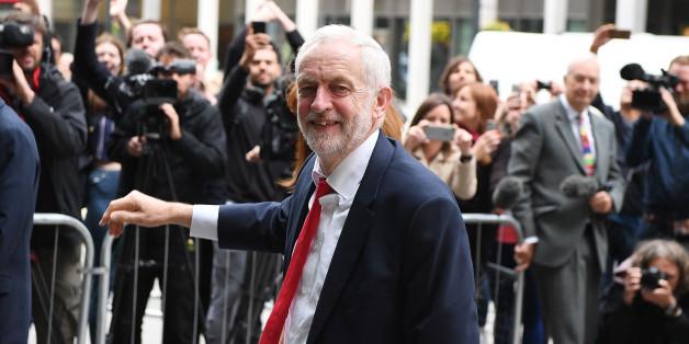 UK's Hammond says economy should be priority in Brexit talks