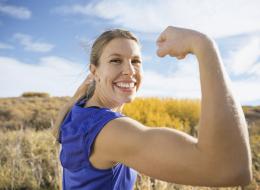 هل هنَّ الجنس الأضعف؟.. العلم يُظهِر أنَّ المرأة أقوى من الرجل.. وهذا سر طول عمر النساء