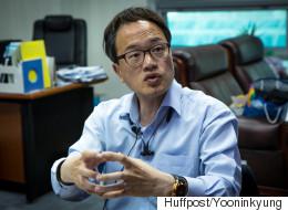[허프 인터뷰] 박주민은 대체복무제가 어렵고 복잡한 문제는 아니라고 말한다