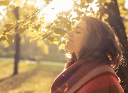 تحملي أشعة الشمس يومياً 20 دقيقة.. هذه فوائدها