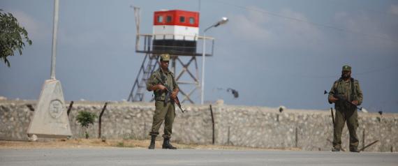 GAZA POLICE ON THE EGYPTIAN BORDER