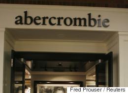 아베크롬비가 전 세계인의 비판을 받고 있다