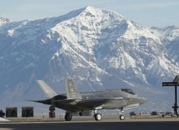 أكبر صفقة لشراء الطائرة الشبح.. شركة أميركية بصدد بيع مقاتلات إف 35 لـ11 بلداً