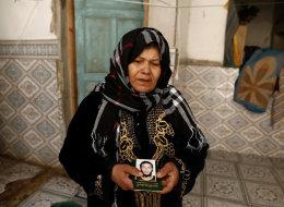 أمهات تونسيات يكافحن التطرُّف بأفضل طريقةٍ مُمكِنة.. استخدمن تلك الحيلة المبهرة لإعادة أبنائهن إلى بلادهم
