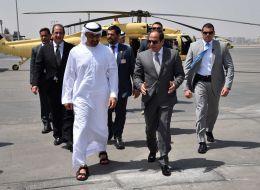 في زيارة لم يُعلن عنها مسبقاً.. وليّ عهد أبوظبي يصل إلى القاهرة بعد أسبوعين على بدء الأزمة الخليجية
