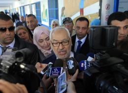 بعد أن نجا من مصير الإخوان.. هل يسقط حزب النهضة التونسي في فخ الانقسامات؟