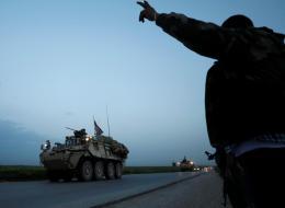واشنطن ستخسر في سوريا وستتخلى عن الأكراد.. السفير الأميركي السابق يكشف الأخطاء