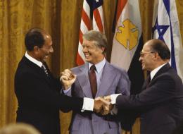 مسؤول بالبرلمان المصري: تغيير سيطرأ على معاهدة السلام مع إسرائيل في حال تسليم تيران وصنافير للسعودية