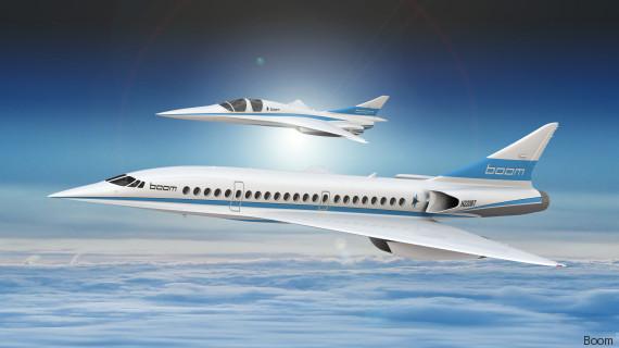 Der Boom-Jet im Vordergrund und die kleinere Testversion XB-1 genannt