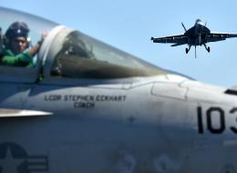 روبرت فيسك: الولايات المتحدة أحرَصُ على ضرب الأسد من تدمير داعش