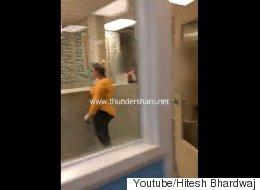 이 백인 여성은 병원서 '백인 의사'를 요구했다
