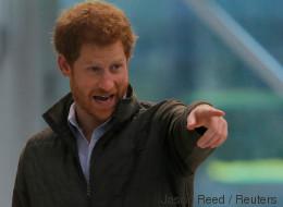 Prinz Harry macht ein erstaunliches Geständnis - es hat mit dem Nachfolger der Queen zu tun