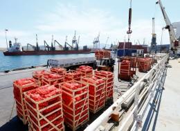 أول سفينة تركية محمَّلة بالمواد الغذائية تنطلق إلى قطر.. وخلال أيام ستصل الدوحة