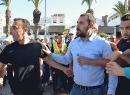 هيومن رايتس والعفو الدولية تكشفان ما تعرض له الزفزافي بعد اعتقاله من قبل الشرطة المغربية