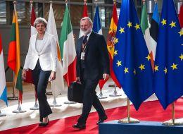 ماي تكشف جزءاً من خطتها المتعلقة ببريكست.. وتحدد مصير مواطني الاتحاد الأوروبي على أراضيها بعد الانفصال