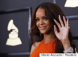 Κάποιος ρώτησε την Rihanna πως να ξεπεράσει τον χωρισμό του, αλλά δεν περίμενε ότι θα του απαντούσε