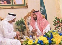 لا تأكلوا أو تتنفسوا أو تجلسوا إلا بإذنٍ منّا.. فحوى الوصاية التي تحاول الرياض وأبوظبي فرضها على قطر