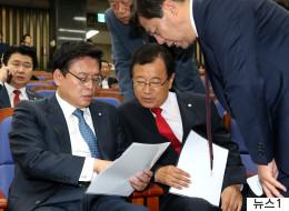 이번에는 한국당이 '더불어민주당 6행시'를 읊었다