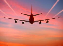 أهميتها أكبر مما نتوقَّع.. لماذا توجد فأسٌ في الطائرة؟