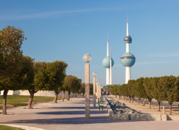 بأشكال أدوات التجميل.. وصمدت أمام الغزو.. الكويت تسعى لتسجيل أبراجها في قائمة التراث العالمية