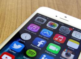هل تعاني بطء هاتفك الذكي؟ إليك تطبيقات بديلة توفر لك مساحة تخزين وطاقة