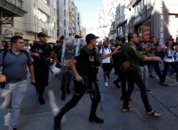 Türkische Polizei schießt mit Gummigeschossen auf Gay-Pride-Parade