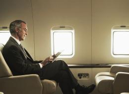 شركة طيران عربية تسمح للمسافرين بدفع رسومٍ إضافية مقابل الحصول على مقاعد خالية بجوارهم!