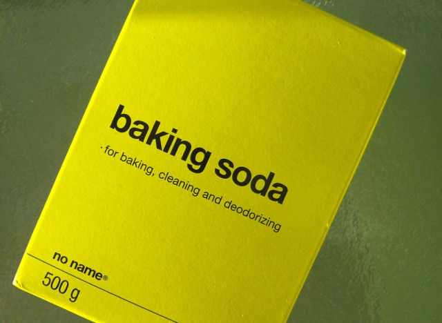 Repurposing ideas 5 new uses for baking soda the huffington post