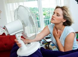 10 حِيل لجوٍّ ألطف في منزلك هذا الصيف.. هكذا تحول وسادتك إلى جهاز تكييف